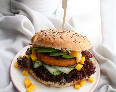 Avocado Burger mit Mango Mayonnaise